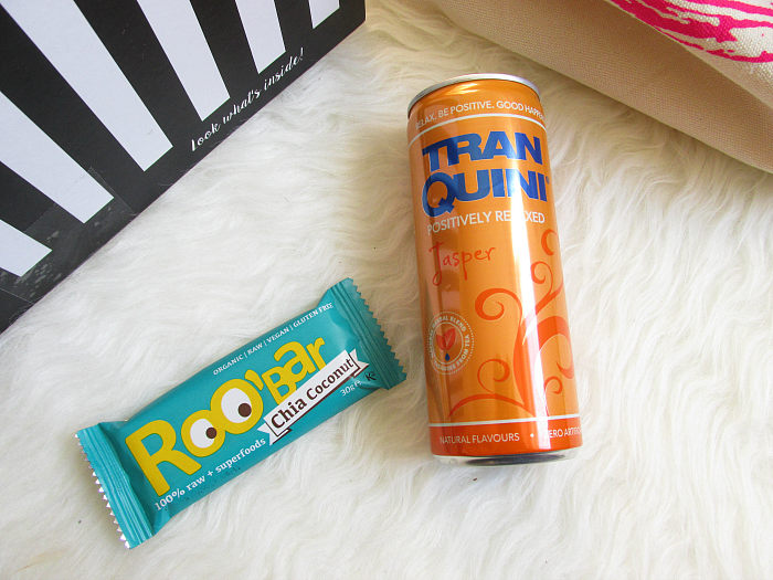"Unboxing: La Petite Box Januar - ""Well Being"" - ROO BAR Energie Riegel Chia Coconut & TranQuini Jesper Relax Limonade"