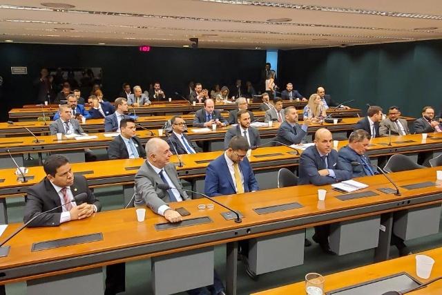 Coronel Chrisóstomo se reúne com Bancada Federal para deliberar sobre a CPI da Energisa em Rondônia