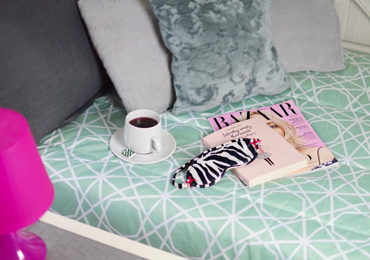 Jak wstawać rano wcześniej? Skuteczne metody, aby nauczyć się wstawać szybciej - Czytaj więcej »