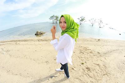 Pantai Sebalang Tarahan