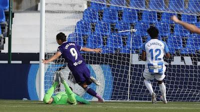 """Video Leganes 1-2 Real Valladolid: Sai lầm ngớ ngẩn, đội Ronaldo """"béo"""" hưởng lợi"""
