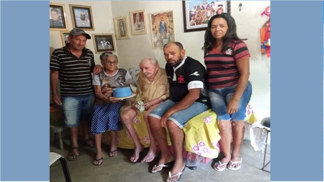 Família Lucena comemora o aniversário de 97 anos do seu patriarca