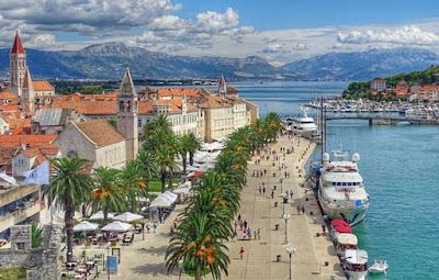النمسا,تسهل,الإجراءات,أمام,الراغبين,في,قضاء,عطلتهم,في,كرواتيا