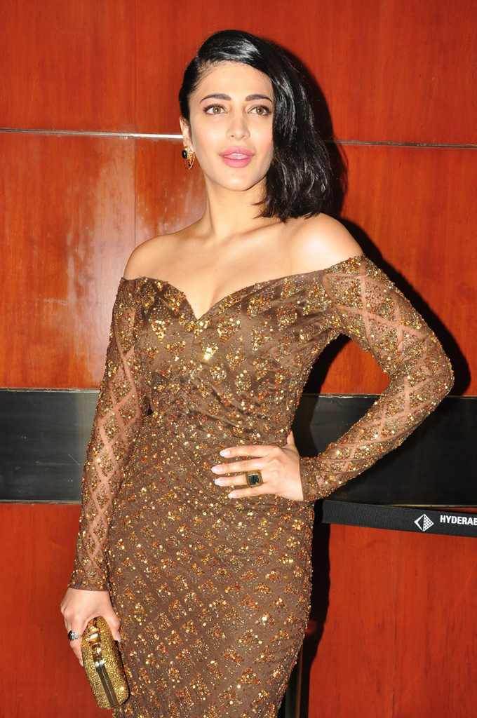 Indian Actress Shruti Haasan Hot Sizzling Photos At Movie Audio Launch