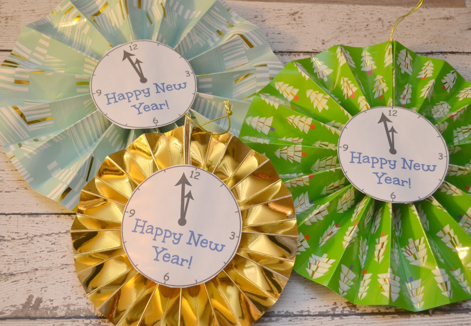 New Year's Paper Fan Clock Decorations & A NYE Party ...