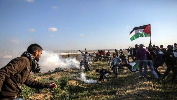 Fuerzas Armadas de Israel hieren cuatro palestinos en protesta