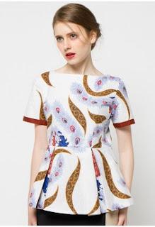 Model Baju Batik Lengan Pendek Wanita