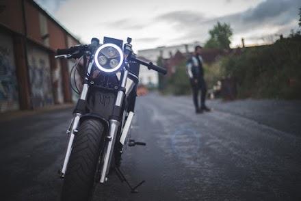 Phaser Type 1 - Das elektrische Motorrad im Akira Style aus UK von Union Motion