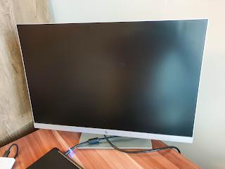HP EliteDisplay E243i monitor review