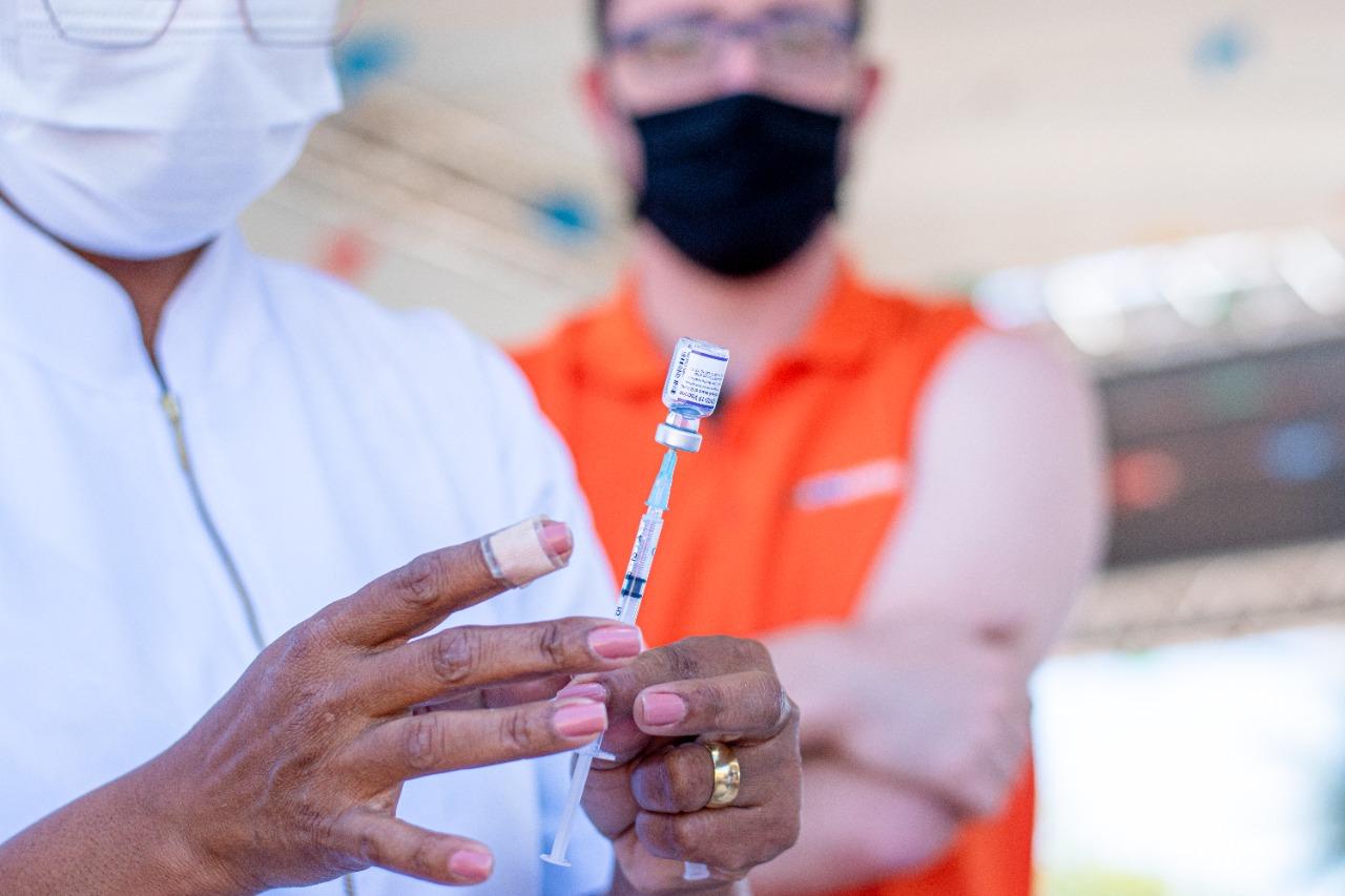 Vacinação para 2ª dose contra Covid-19 continua nesta segunda, em Luis Eduardo Magalhães