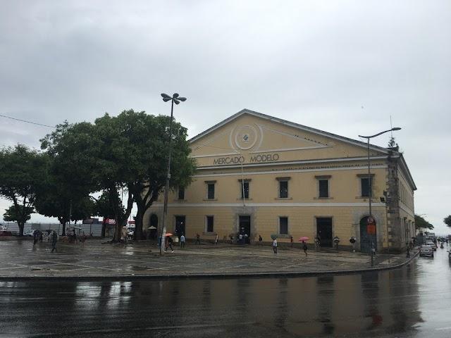 Turista argentino morre após passar mal no Mercado Modelo, em Salvador