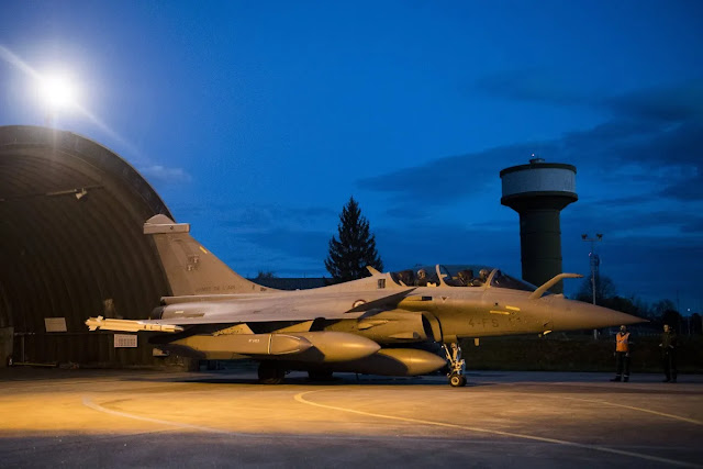 Πολεμικά αεροσκάφη Rafale στη βάση της Πάφου