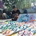 Ekonomi Kreatif Sandal Jepit Ukiran Karya Pemuda Purworejo
