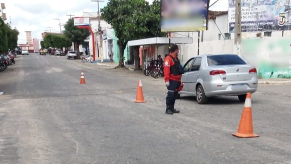 Bombeiros Civis da cidade de Teixeira vão atuar no combate ao COVID-19