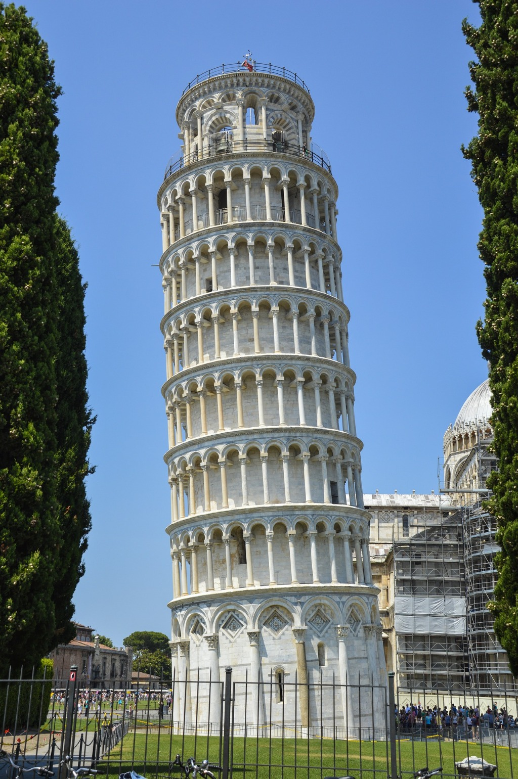 interesting facts about the leaning tower of pisa