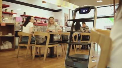 restoran-bbq-di-australia-rekrut-robot-pengantar-makanan-yang-ikonik