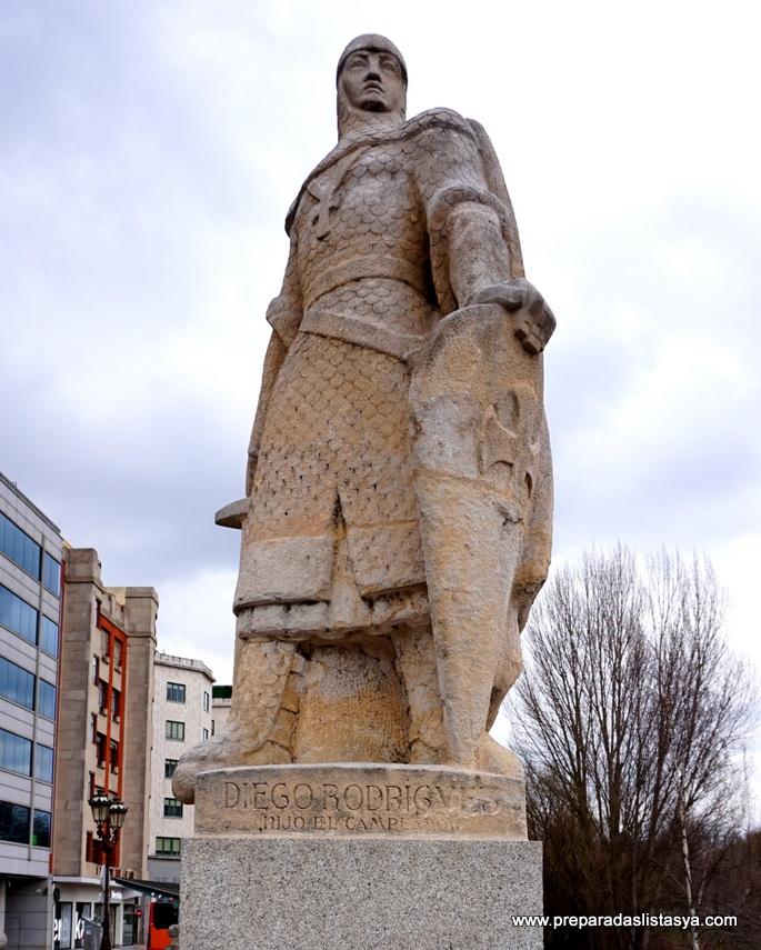 Estatua hijo Cid campeador