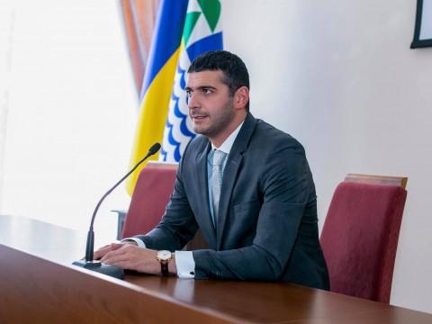 Суд залишив радника секретаря Української міськради Дарсанію під домашнім арештом