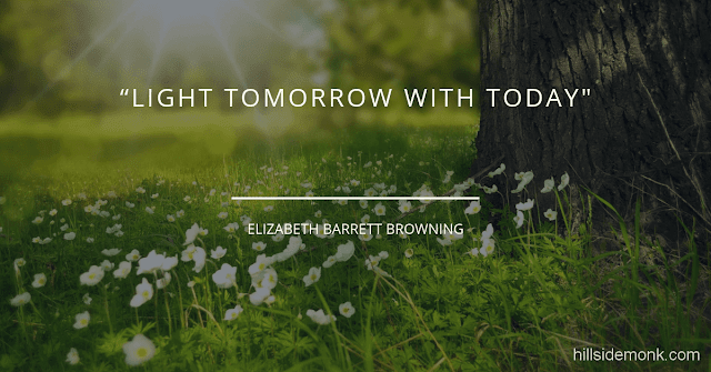 Short Uplifting Quotes To Lift You In Hard Times-12 Light tomorrow with today