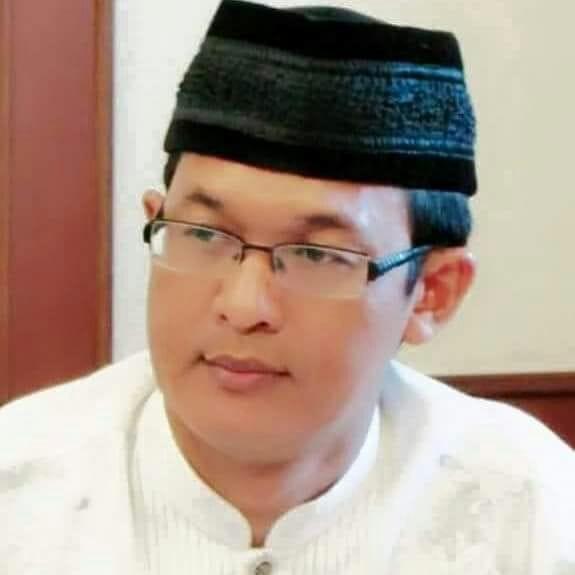 Puisi KH Ahmad Ishomuddin Teruntuk Orang yang Memfitnahnya