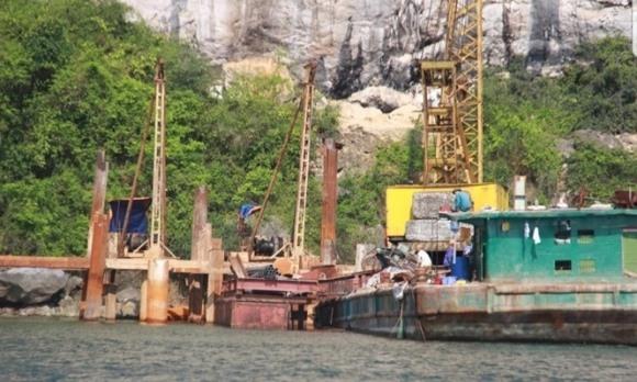 Biệt phủ trái phép trên vịnh Bái Tử Long: Chưa cưỡng chế vì vướng 'đại gia'?