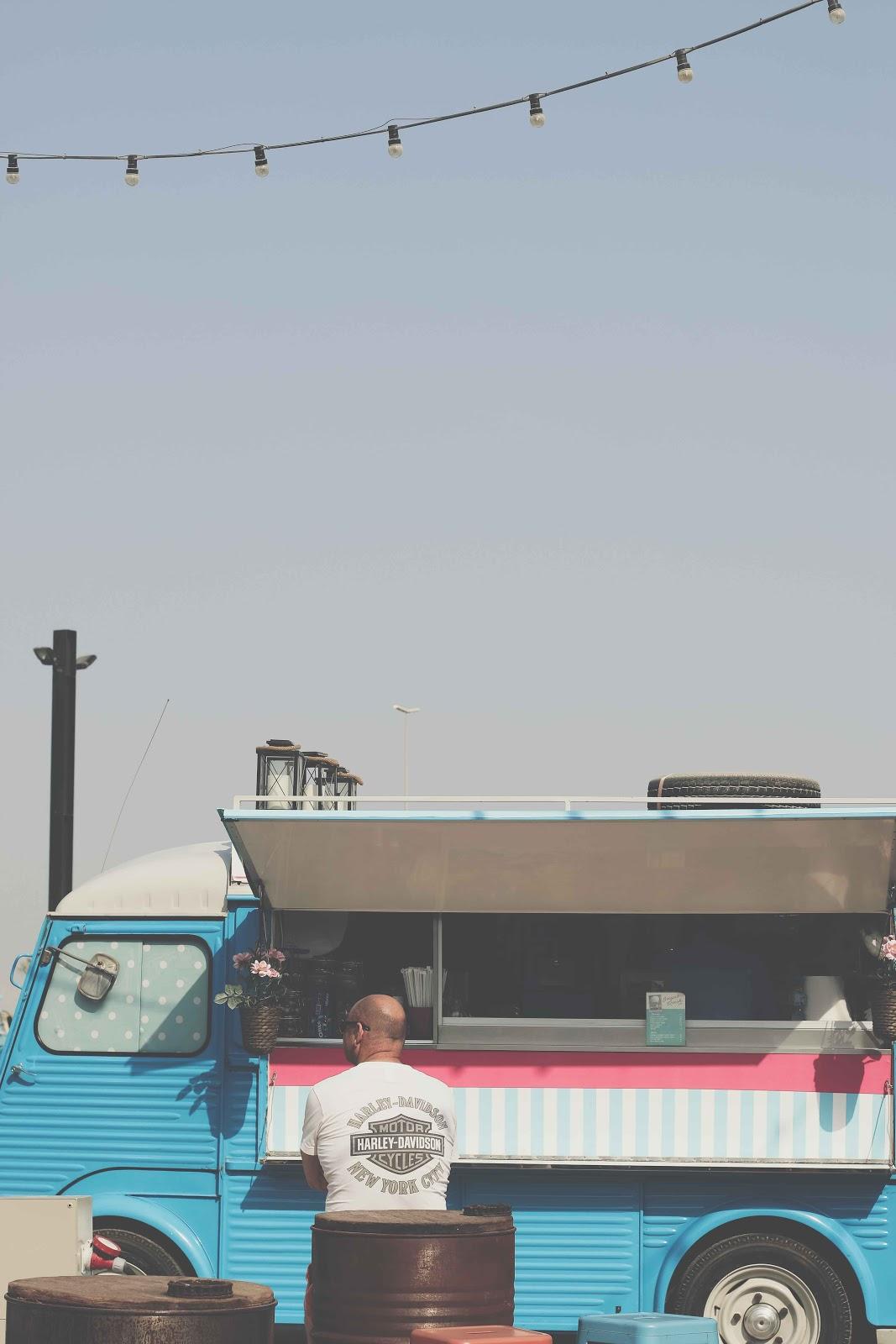 blue vintage food truck