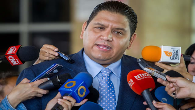Rector Rondón: Sentencia del TSJ que suprime referendo consultivo es un golpe a la democracia