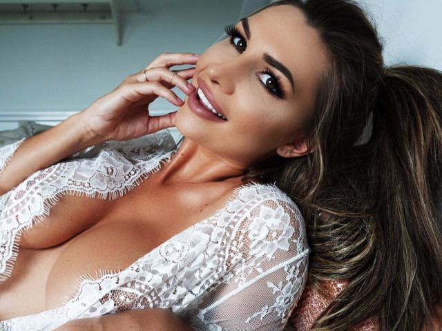 Rosanna Arkle Sexy Photo Collection - Responsive Blogger Template