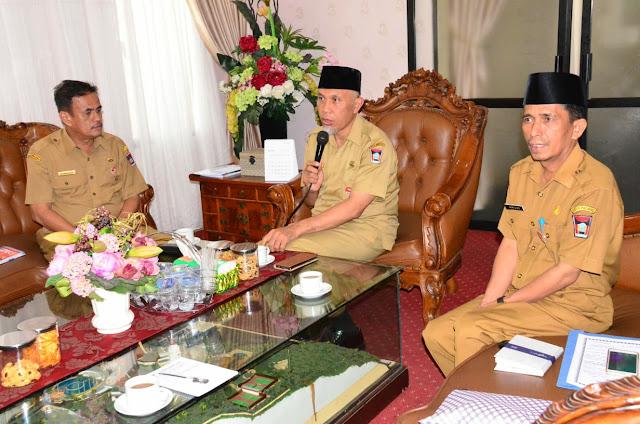 Wardah akan Bangun Masjid di Pantai Padang