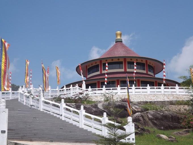 Puri Tri Agung Pagoda, A favorite tour in Bangka Island