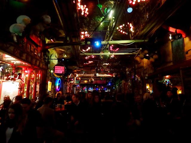 budapest bares