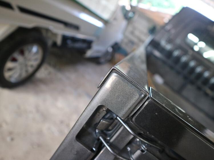 Plat besi untuk mobil pick up