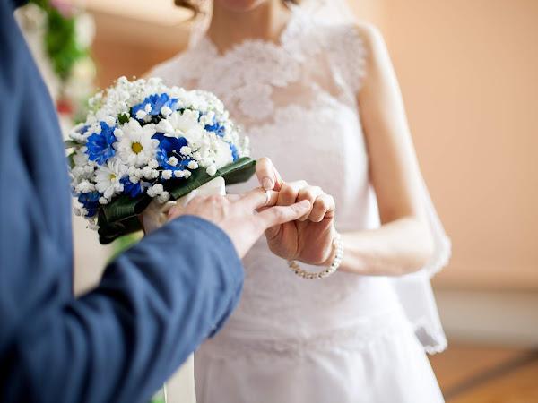 Celebrate Wedding Moments