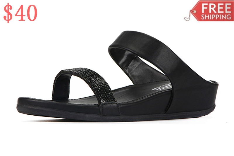 12fb8d7a0ba04 Fitflop shoes are known to be absolutely comfortable and there are various  kinds available for men