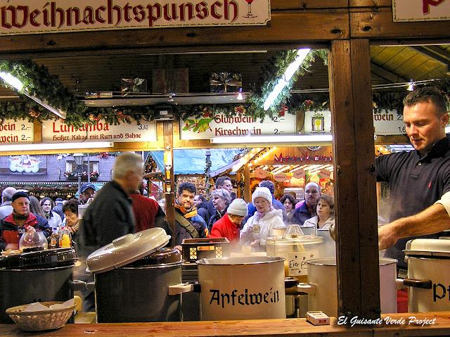 Gastronomía tradicional en los Mercados de Navidad en Frankfurt por El Guisante Verde Project