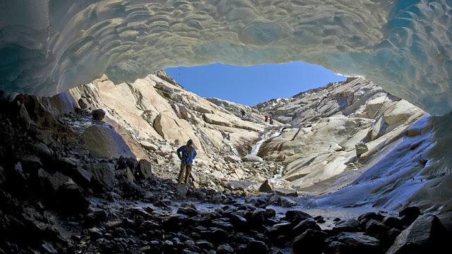 Descubren extrañas propiedades que adopta el agua en el manto terrestre