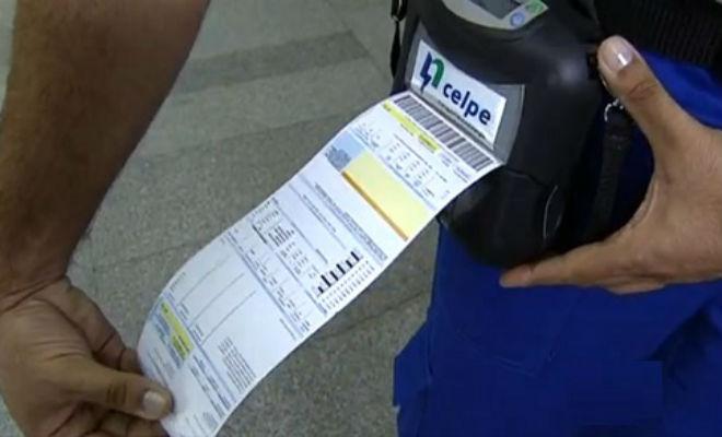 Saiba como receber R$ 10 de reembolso na conta de energia da Celpe paga em aplicativo