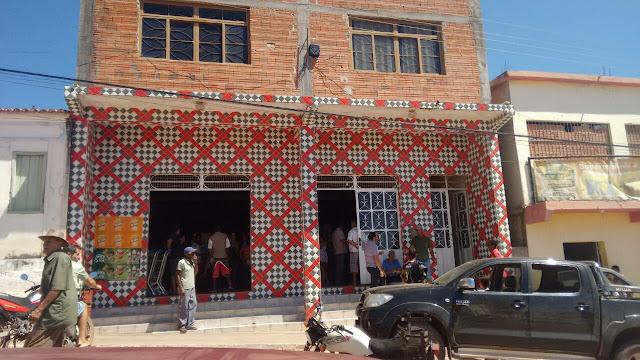 URGENTE: Supermercado em Inúbia acaba de ser assaltado