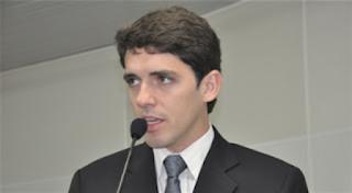Deputado paraibano tem carteira de motorista suspensa por descumprir Lei Seca