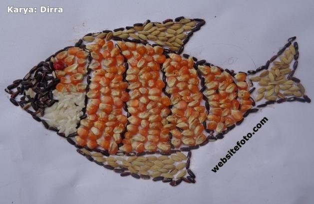 Contoh Kolase Ikan dari Biji Padi, Beras, dan Jagung