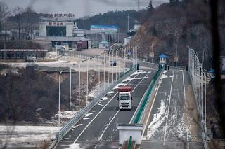 China pregătește tabere pentru refugiații Nord Coreeni