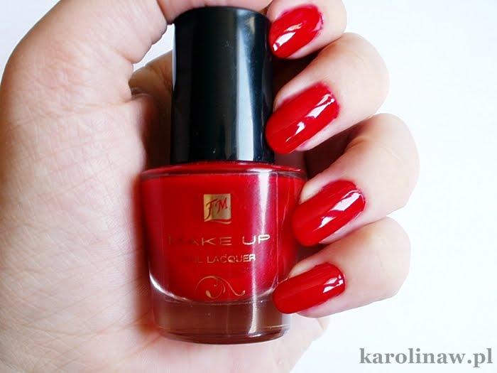 Hot Red FM Group kolor swatch nail polish lakier review recenzja opinia blog trwałość nakładanie warstwy na paznokciach