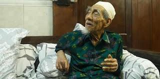 Kiai karismatik KH. Maimun Zubair Wafat