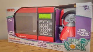 Casdon red microwave