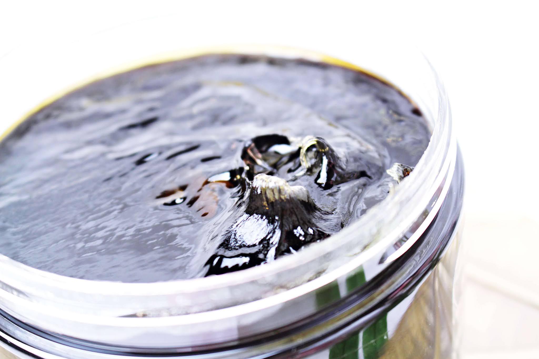 Czarne mydło do włosów Agafii 37 ziół