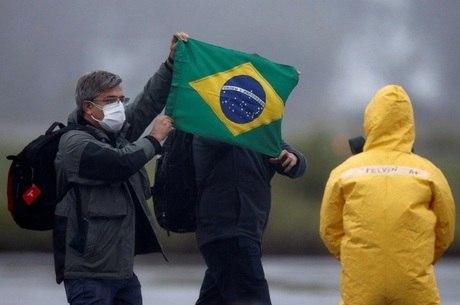 Exames descartam coronavírus em brasileiros repatriados da China