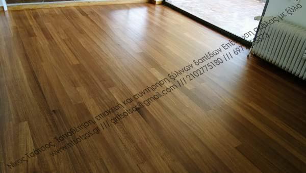 Συντήρηση σε παλιό ξύλινο πάτωμα Νιανγκόν με σατινέ βερνίκι