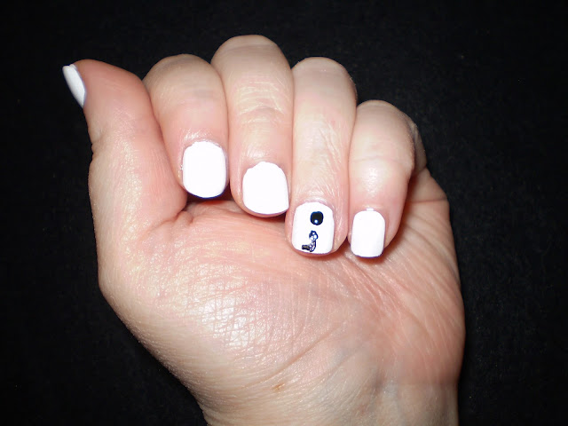 semicolon nail art