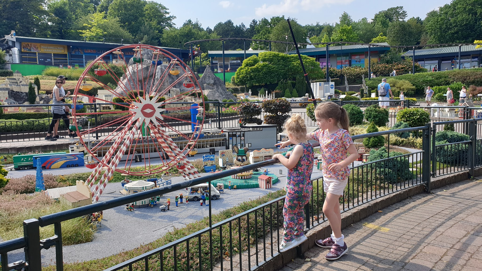 legoland windsor mini village