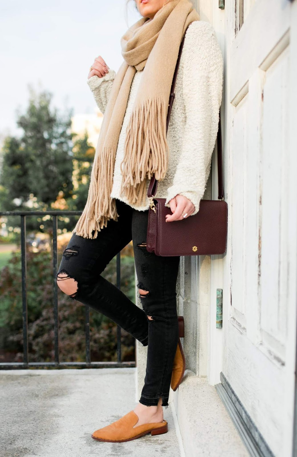 what to wear this fall : scarf + white sweater + black rips + brown loafers + bag